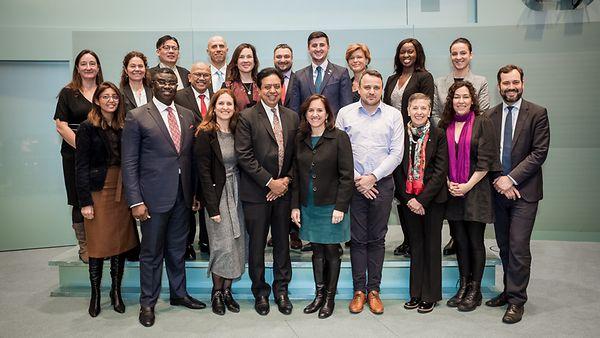 Foto mit den Mitgliedern des Lenkungsausschusses